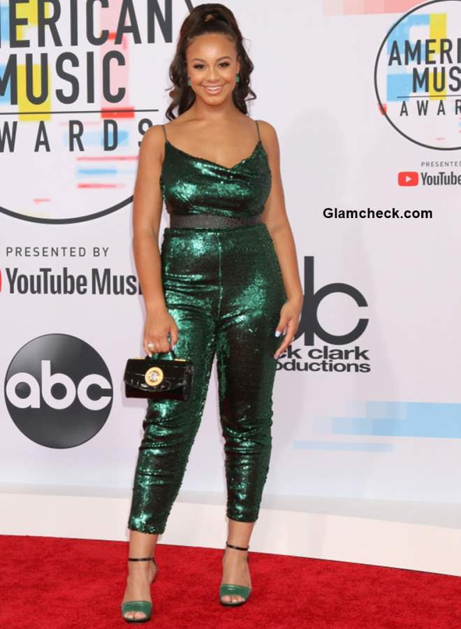 Nia Sioux at 2018 American Music Awards