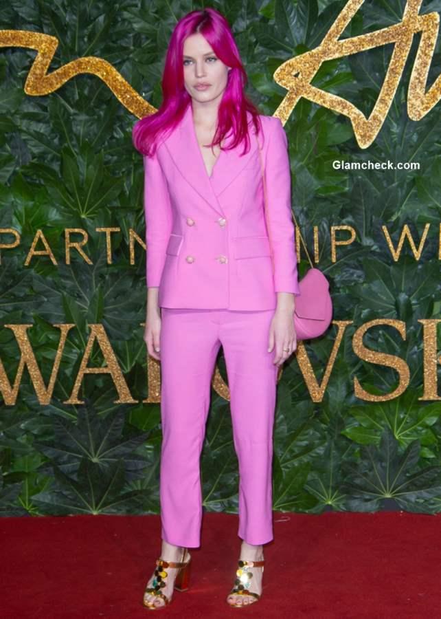 Georgia May Jagger Vibrant Pink Hair color bristish fashion awards 2018
