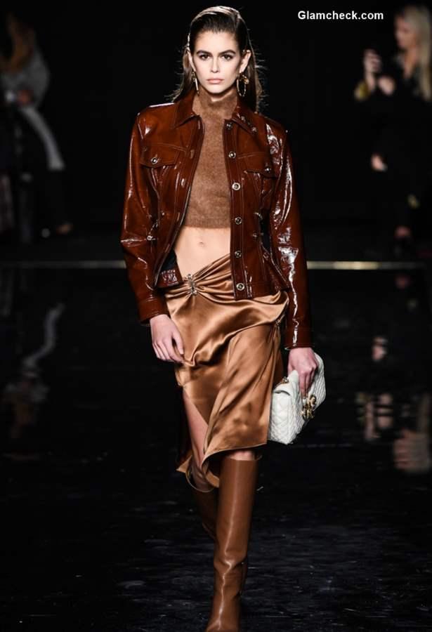 Versace Pre-Fall 2019 Collection Kaia Gerber