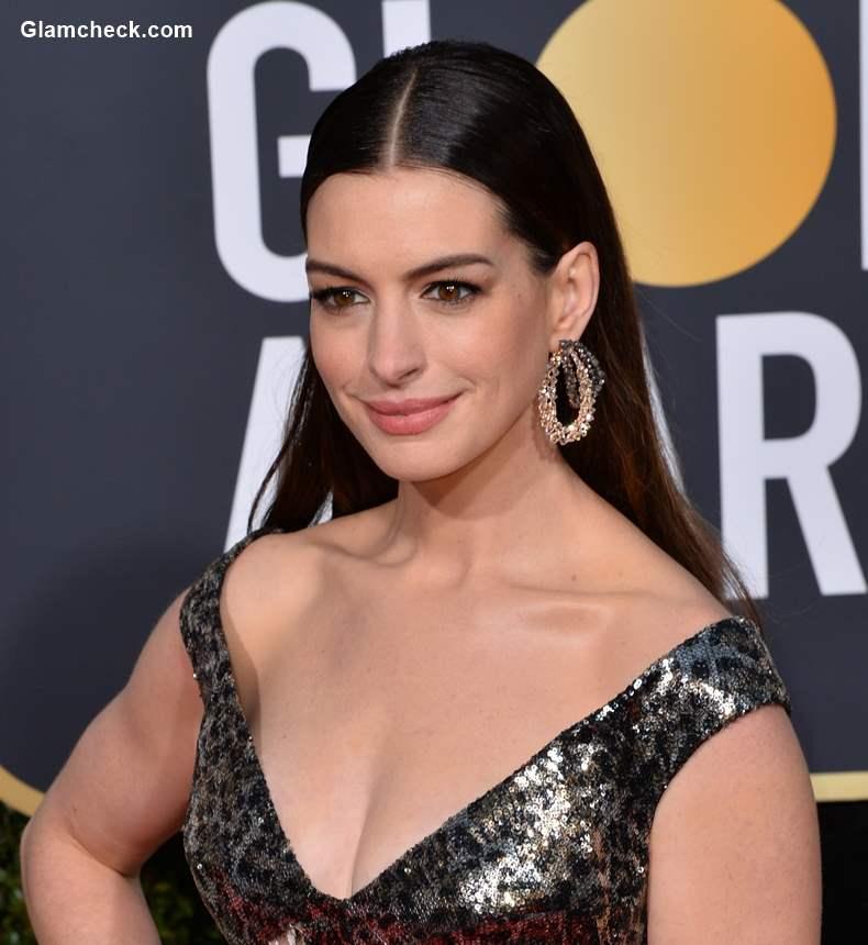 Anne Hathaway 2019 Golden Globe Awards