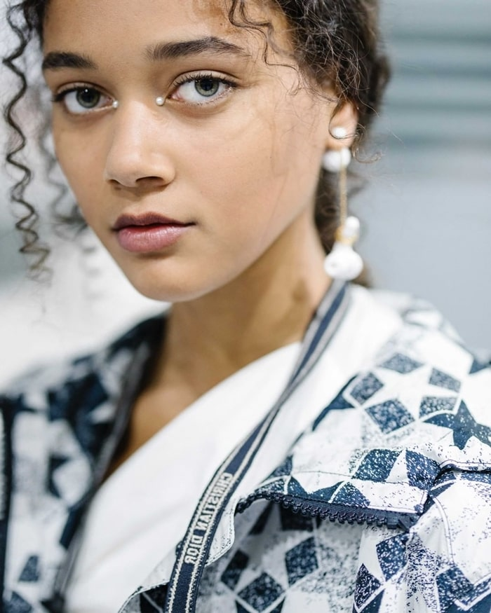 Pearly Eyes Dior Cruise 2022 Beauty Trend