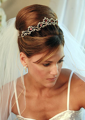 Simpler Headband Type Tiaras Are Made Exquisite And Elegant By Adding Crystals Pearls Etc Beautiful Flowers Studded With Gemstoneounted On The