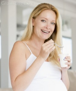 Low-fat Yoghurt During Pregnancy Increases Likelihood of Respiratory Issues in Kids