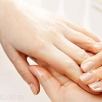 cracked nails treatment