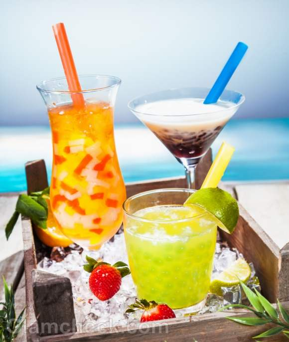 Tropical smoothie summer drinks