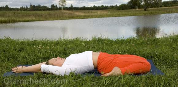 periods yoga supta virasana