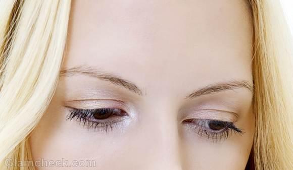 Loss of eyelashes