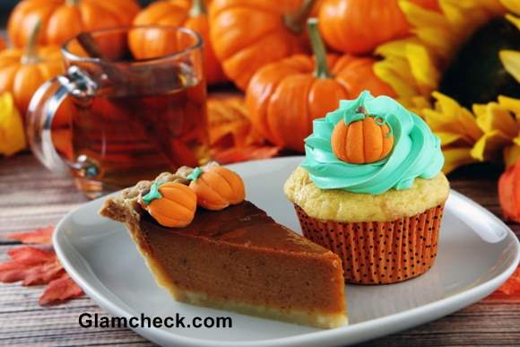 Thanksgiving cupcakes and cakes