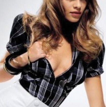 Do Men Like Small Breasts? - Womens Magazine: Advice for Health ...